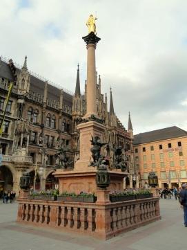 mariensaule_marienplatz_munchen_-_dsc08763