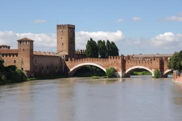 20110720_verona_ponte_scaligero_3242