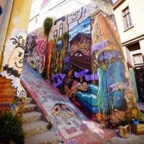 burlesque-murals-of-valparaiso
