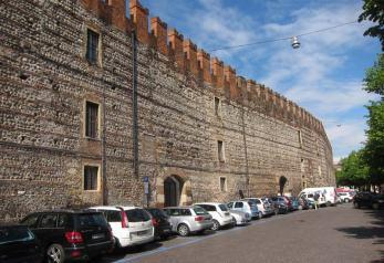 citywalls-of-verona