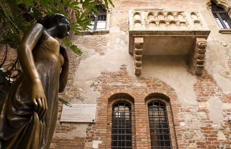 giuliette-and-the-balcony-verona