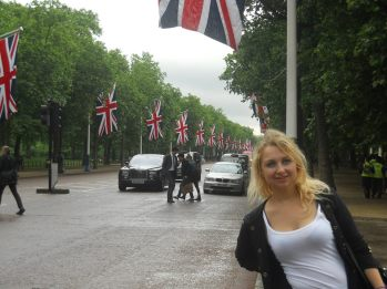 Pall Mall Avenue decorated with British flags
