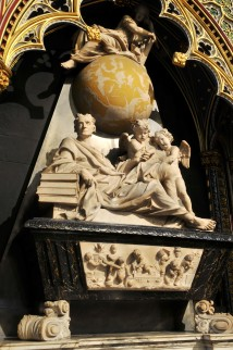 Memorial to Sir Isaac Newton