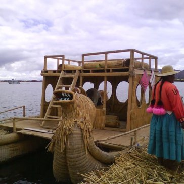 Totora made boat of Uro's