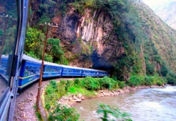 train-to-macchu-picchu-the-view-on-the-landscape