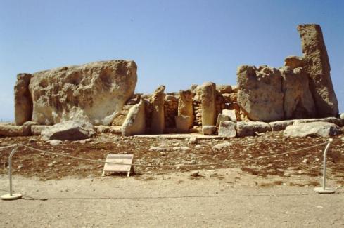 Ħaġar Qim Temple ruins