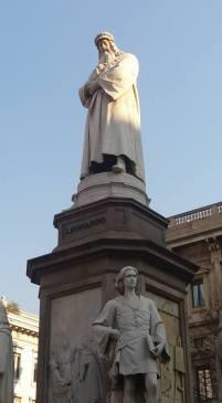 Statue of Leonardo DaVinci
