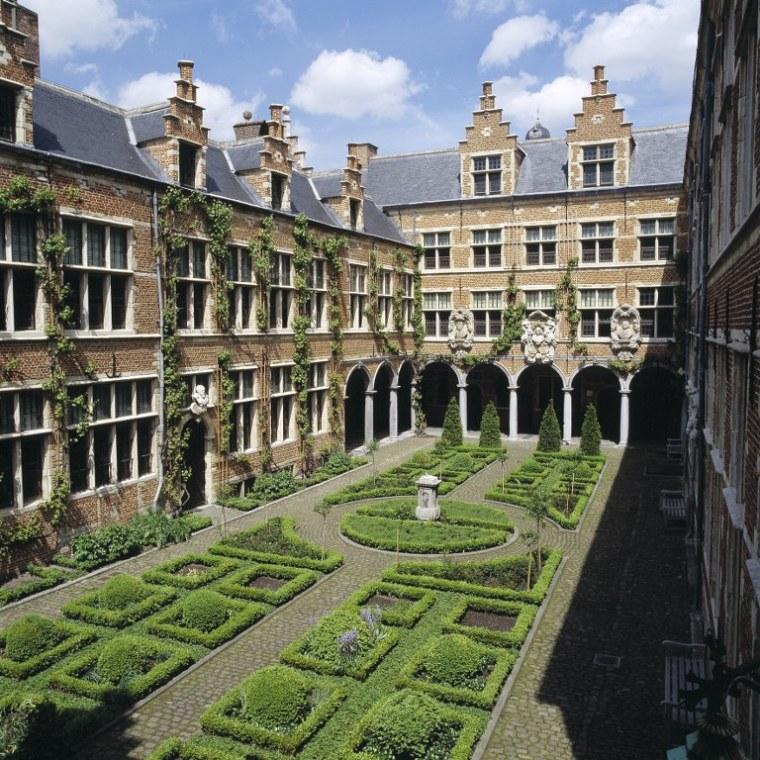 8-Antwerpen-Toerisme-Congres_768x768