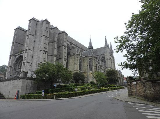 collegiate-church-of mons