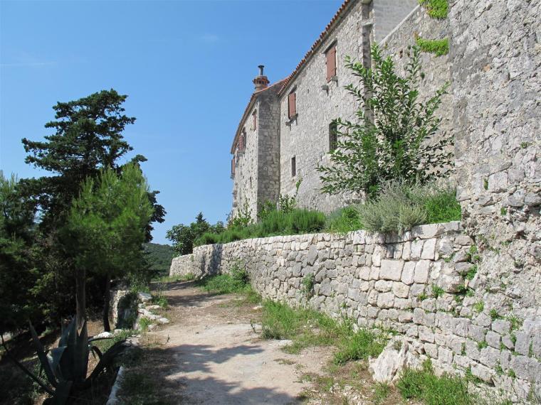 Monastery_cokovac_Tkon_-_island_Pasman_10