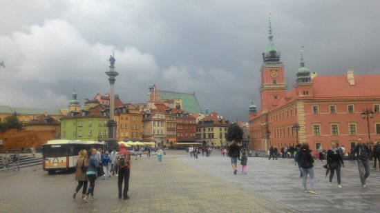 castle-square-plac-zamkowy (1)