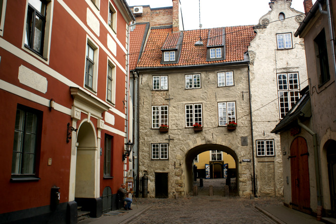 holiday-travel-tips-Riga-Latvia-city-break-swedish-gate